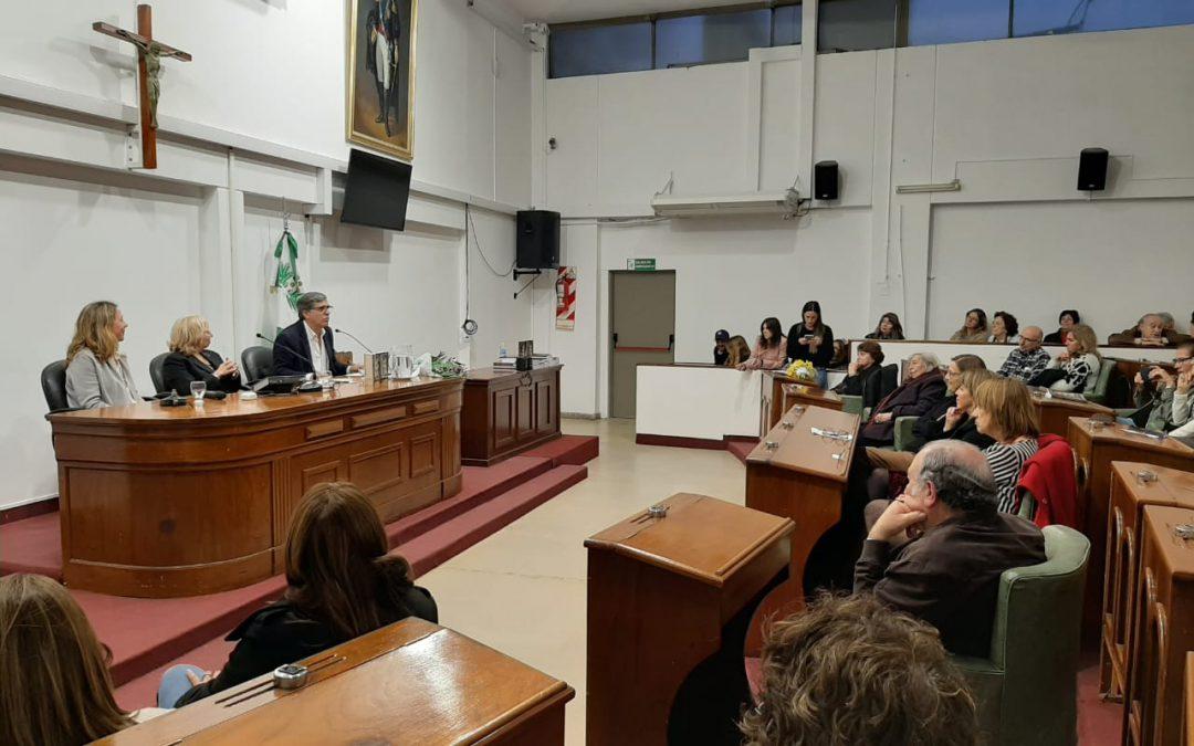 ESTELA GARRIDO Y VIRGINIA WOOLF, UNA NOCHE DE MUJERES EN EL  HCD DE SAN ISIDRO